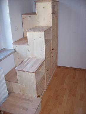 projekt schrank mit stufen f r hochbett. Black Bedroom Furniture Sets. Home Design Ideas